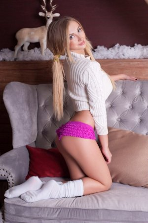 Devora european escorts in Watertown, WI